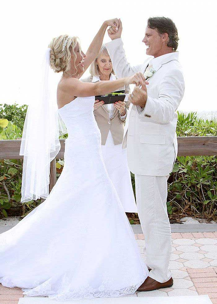 Stephanie Thompson Shaffer officiating Naples, Florida beach wedding | Wedding Packages Weddings Made Simple of Florida DISC Temperament Assessment, Pre and Post Marriage Coaching, Wedding Officiants and Wedding Ministers Naples Florida